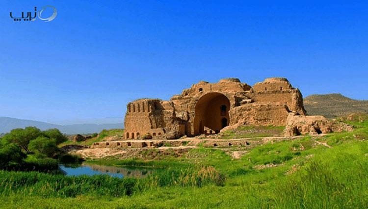 شهر لار سرزمین جاذبههای عجیب ایران   فارنت